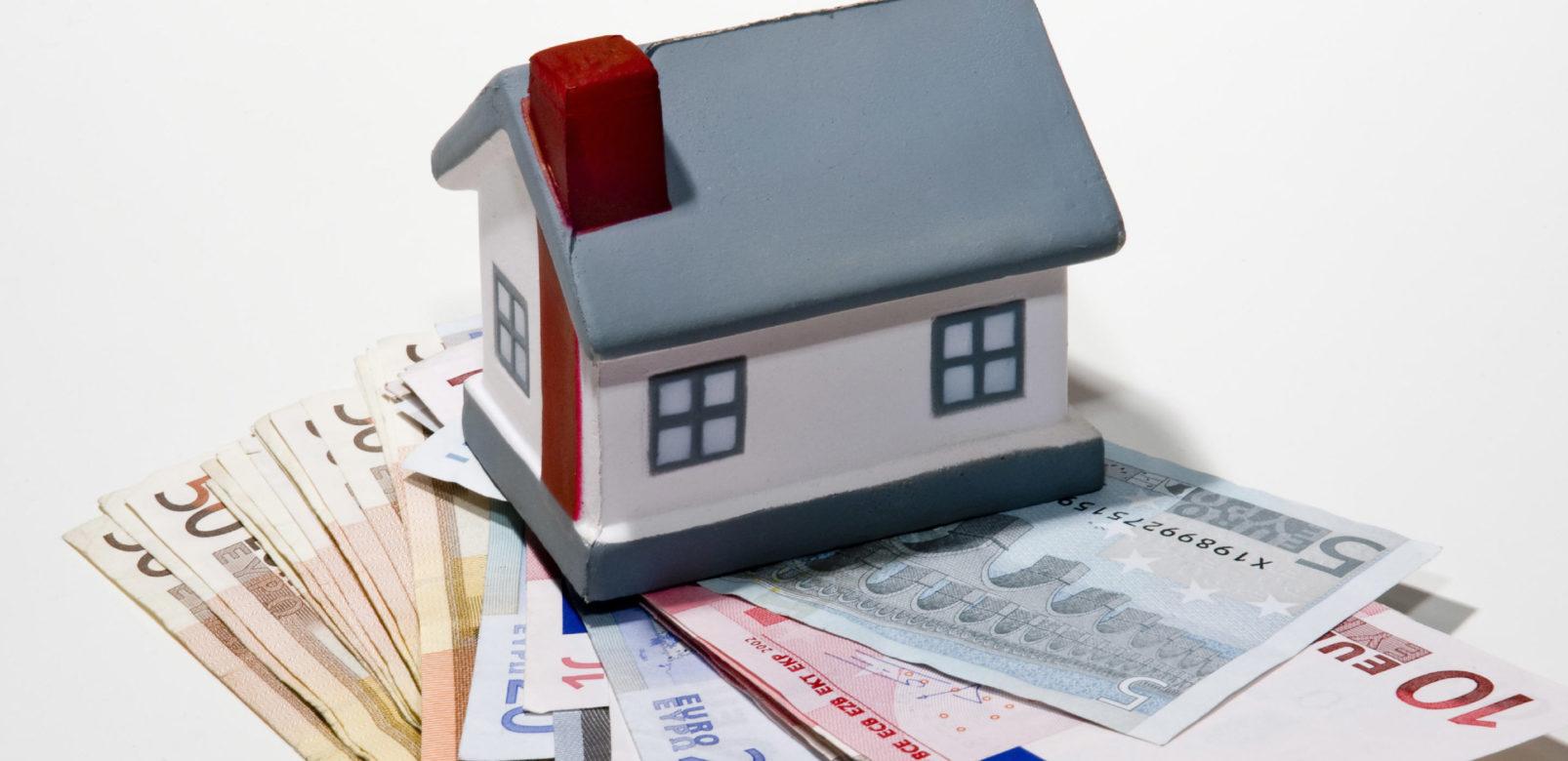 emprunt immobilier pourquoi faire appel un courtier vous sauvera la vie. Black Bedroom Furniture Sets. Home Design Ideas