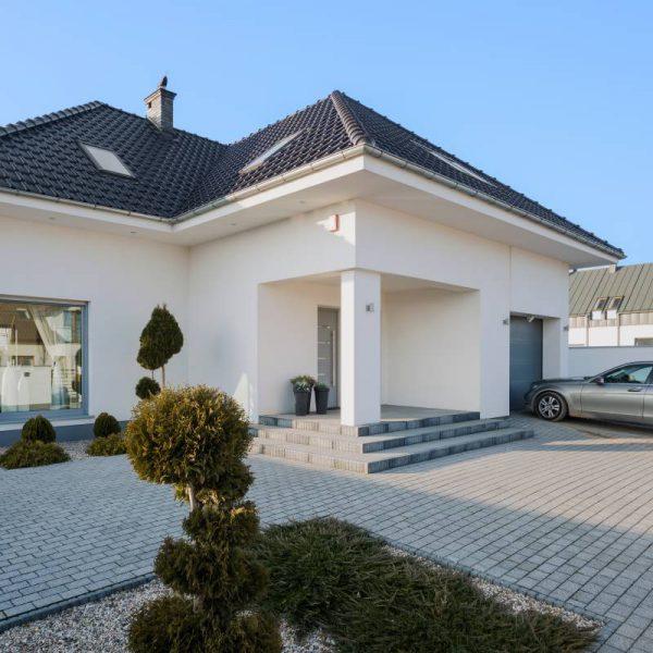construire maison en pierre best construire maison en pierre with construire maison en pierre. Black Bedroom Furniture Sets. Home Design Ideas