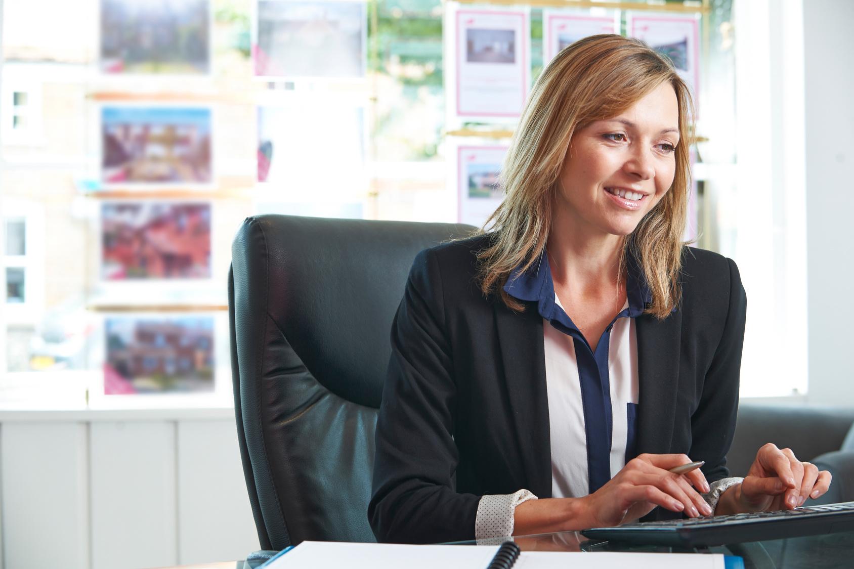 Chasseur immobilier zoom sur ses techniques de recherche - Trouver le proprietaire d un bien immobilier ...